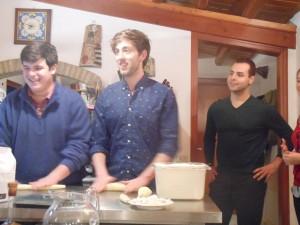 Adesso sono i ragazzi che fanno la pasta!