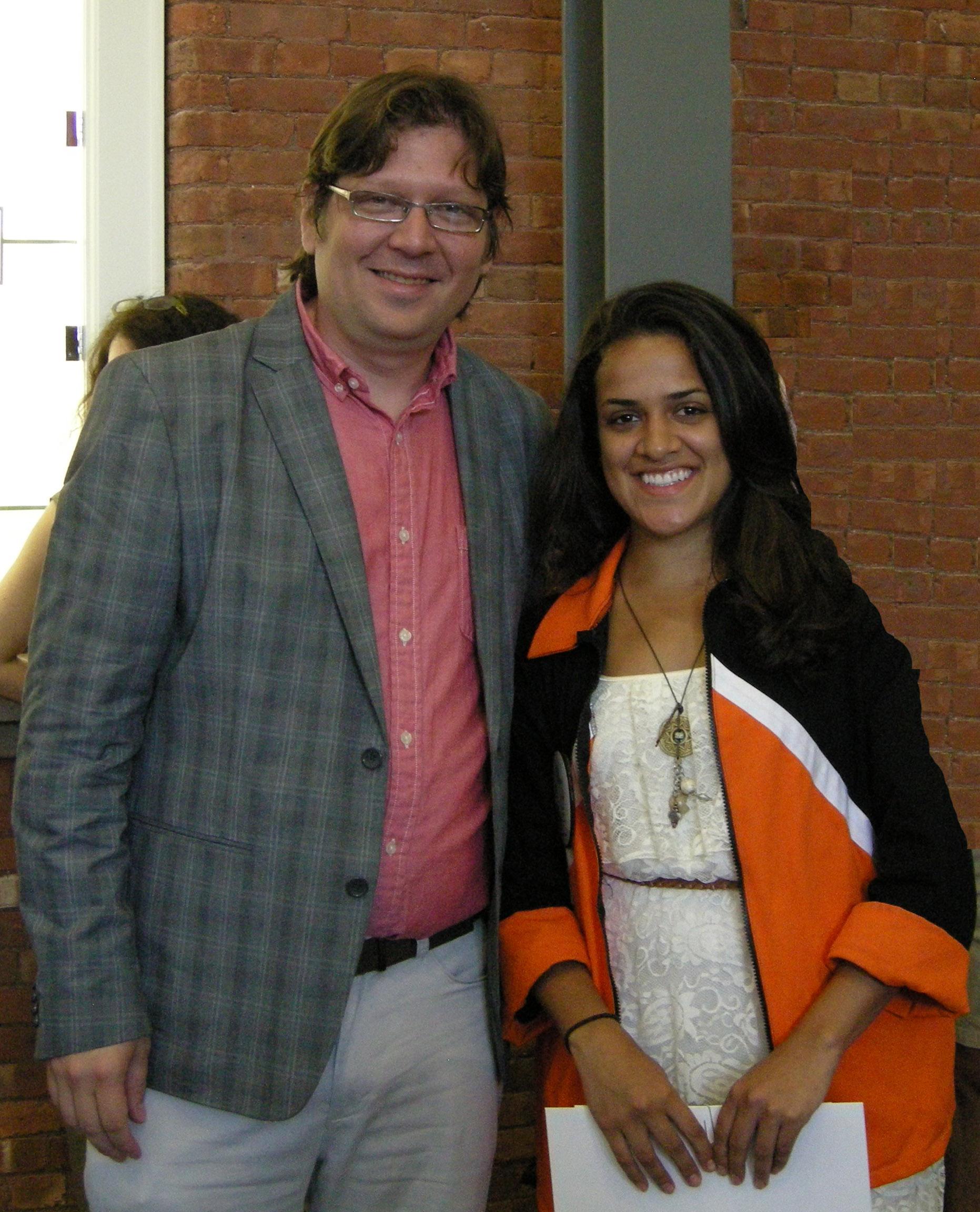 Carly De La Hoz with Professor Javier Guerrero