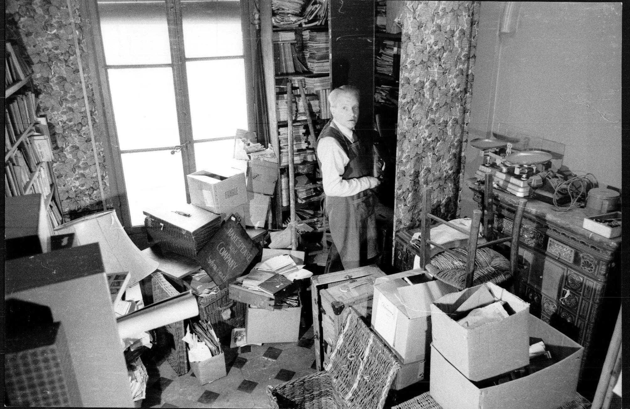 http://blogs.princeton.edu/rarebooks/images/1964-SB-C0108-bx276-1a.jpg
